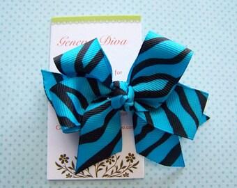 Turquoise Zebra Classic Diva Bow
