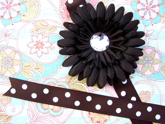 Chocolate Brown Daisy Bowholder