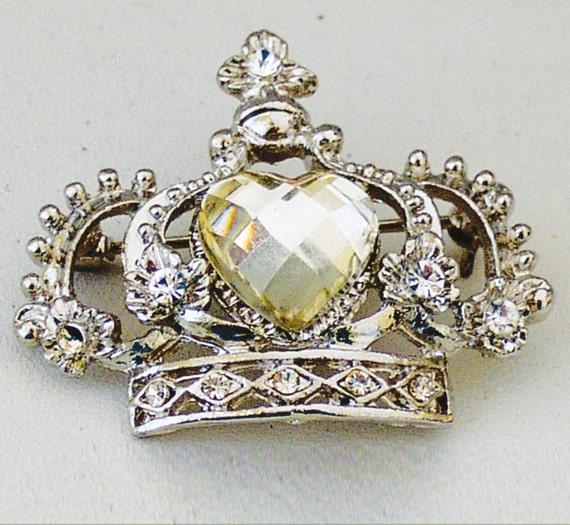 Melissa Frances - Crown Jewel Broach - Project Embellishment