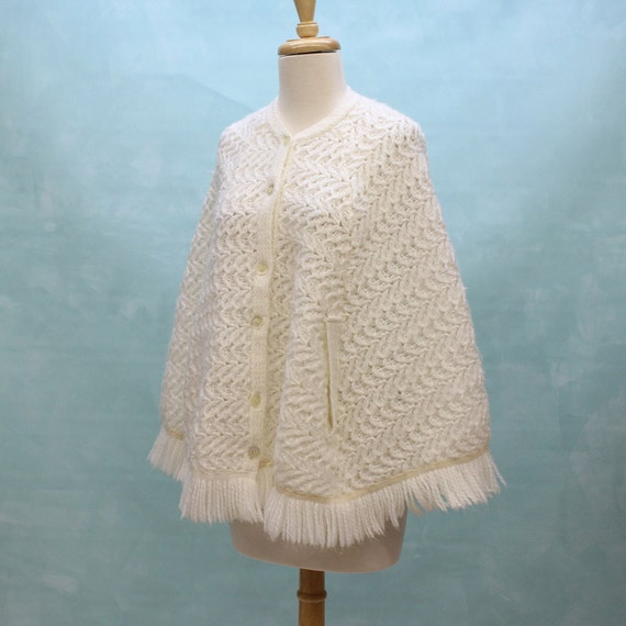 60s - 70s Fringed Knit Poncho/Cape in White - One Size