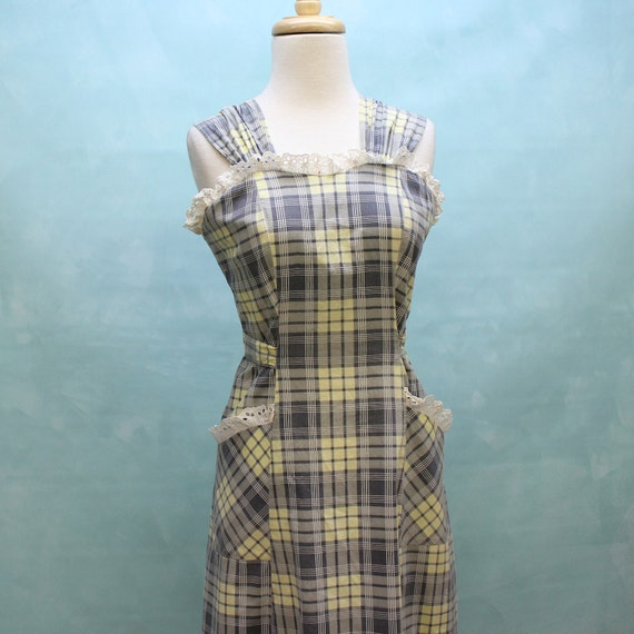 40's Plaid Cotton Pinafore Sundress with Eyelet Detail - XSmall