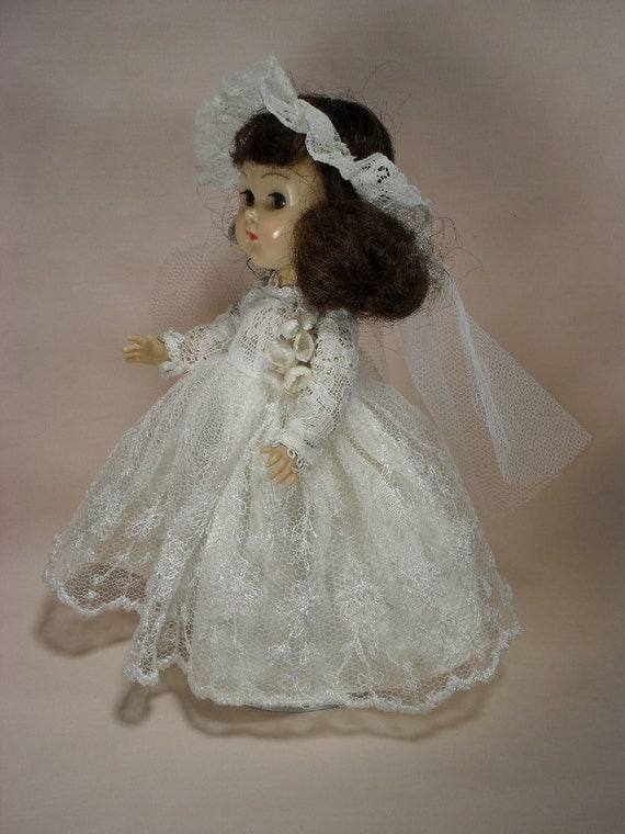 Vintage Vogue MLW Ginny Bride Doll from 1955