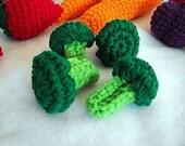 Broccoli - crochet play food