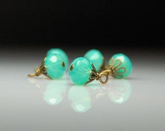 Vintage Style Bead Dangles Green Glass Set G481