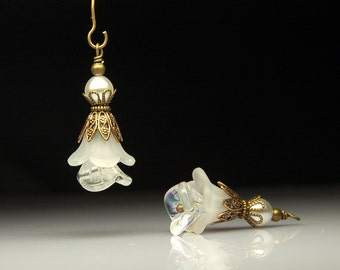 Vintage Style Bead Dangles White Lucite Flower Pair C230