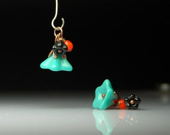 Vintage Style Bead Dangles Turquoise Glass Flowers Pair G522