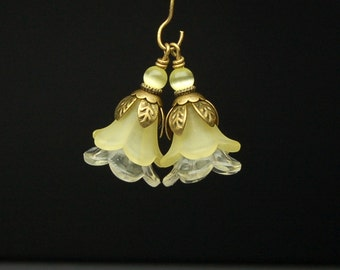Vintage Style Bead Dangles Yellow Lucite Flowers Pair Y132