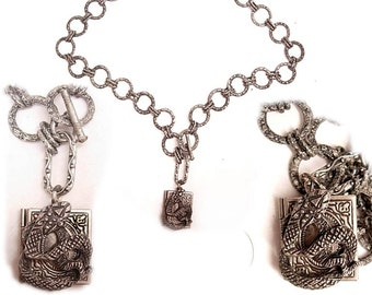 Gothic SNake Locket necklace Fabulous links vintage locket