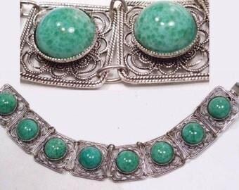 Vintage  DECO BRacelet Peking  GLASS Fancy Filigree costume jewelry