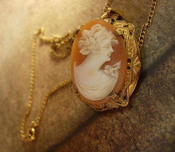Reserved for She Vintage genuine cameo locket necklace with photo inside 14kt gold filled chain