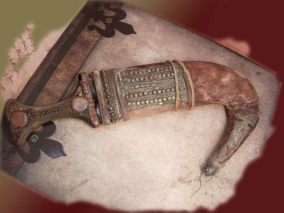 Bizarre primitive Arabian Nights Ceremonial Knife etruscan metal work ritual dagger