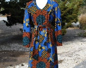 5 DAY STORE SALE 50% Off...Vintage 1970s Day Dress in a Fall Floral Print