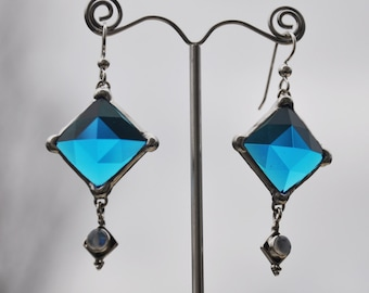 Faceted brillant blue diamond dangle earrings Black Friday Cyber Monday Sale