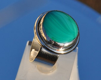 Malachite green glass and silver ring
