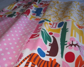 Soft Minky Baby Blankie/Lovey Blanket with 2D ZOO fabric