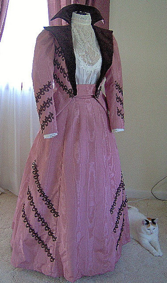 Custom - The Gay 90s - 1890s Gibson Girl Dress 1899 Victorian Edwardian Walking Suit - Skirt Jacket $400.00 AT vintagedancer.com