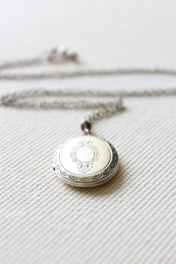 Silver Locket with Delicate Antique Victorian Motif and Sterling Silver Chain - Mother, Mom, for Her