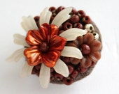 Brown blooming Flower small Brooch lapel pin