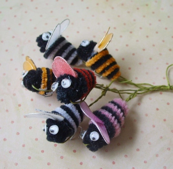 Vintage Chenille Bumble Bees with Google Eyes Lot of 6