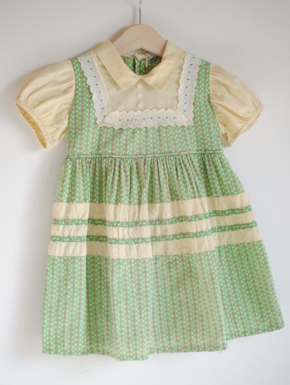 Vintage 1940's Toddler Girl Dress - Green with Dots (3T)