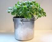 Vintage Aluminum Pot With Handle