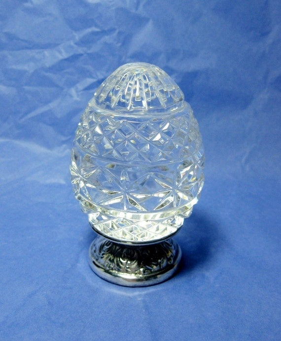 1990 Vintage Waterford Crystal Egg And Stand