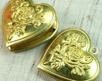 Raw Brass Heart Locket Pendant Victorian Rose LKHS-L119RB - 2 pcs
