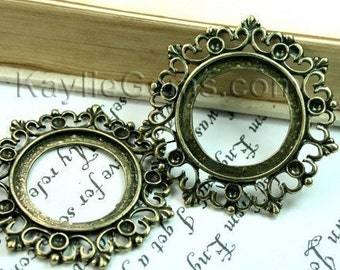 Cameo Frame Setting Pendant Antique Brass Victorian Filigree with Rhinestone Cups  -FRM-2433AB - 4pcs