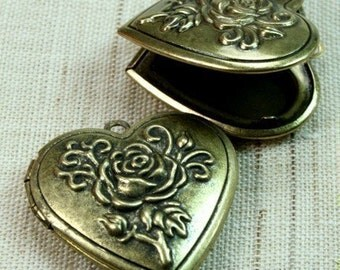 Heart Locket Rose Antique Brass Victorian Style  -LKHS-119AB 2pcs