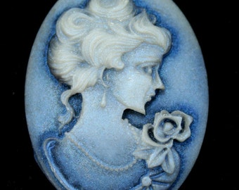 Shimmery Antique Victorian style Camoe - Antique Blue Shine - 4pcs