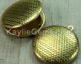 Round Locket  Raw Brass Zigzag Pattern Pendant Charm LKRS-129RB - 2 pcs