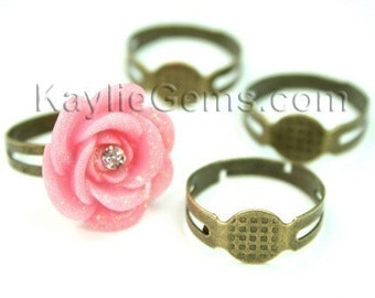 Adjustable Ring Blank Antique Brass with Cameo Cabochon Pad - 20 pcs