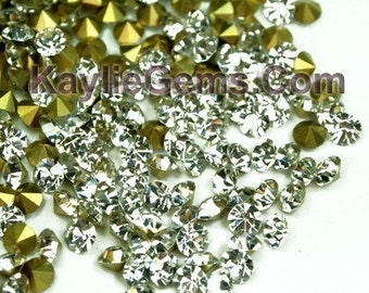 Rhinestone Chaton SS6/2mm, SS8.5/2.5mm, SS12/3mm, SS14/3.5mm, SS16/4mm Pointed back Foiled - Clear -72 pcs --Pick your size