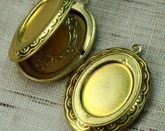 Raw Brass Oval Lockets Cameo Cabochon Frame Setting Victorian Style -LKOS-95RB - 2pcs