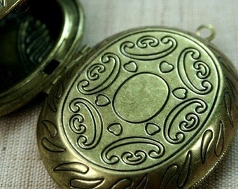 Oval Locket Antique Brass Two-sided Victorian Pattern Large LKOS-100 AB - 1pc