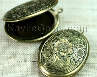 Lockets Oval Antique Brass Cherry Blossom Flower Victorian Style   -  LKOS-L1AB - 4pcs