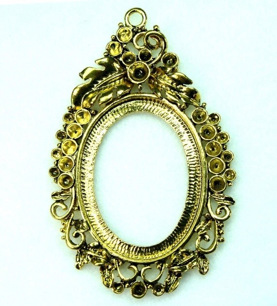 Cameo Setting Frame Antique Gold Victorian Decorative Rhinestone  FRM-5832 - 2pcs