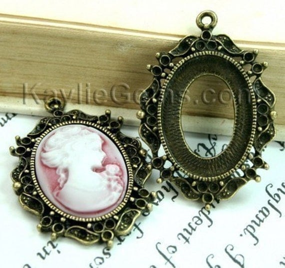 4pcs Antique Brass Cameo Cabochon Frame Setting Pendant Victorian Style -FRM-3308AB