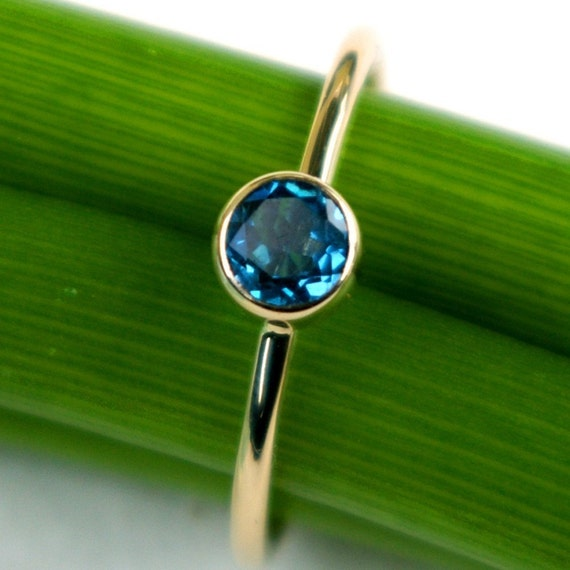 London Blue in Gold, Modern Stacking Ring