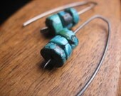 rustic turquoise earrings in grey niobium. hypoallergenic niobium earrings. handmade by splurge.