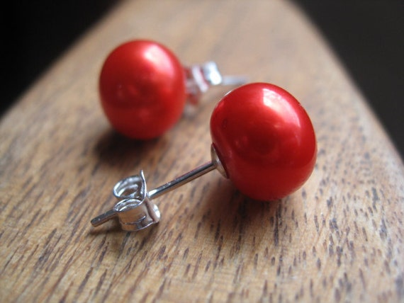 tangerine pearl earrings. neon orange red pearl stud earrings in sterling silver. silver earrings. post earrings. splurge.