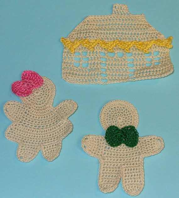 Set of Gingerbread theme appliques - crocheted