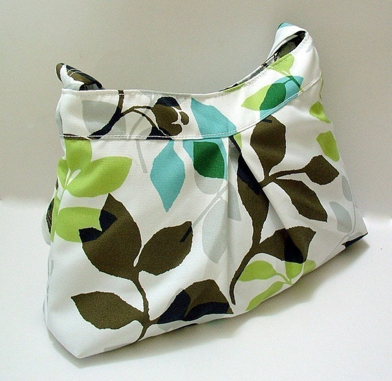 NEW-Pleated Bag in Apple Green leaves (w\/an adjustable strape)