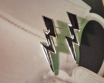Lightning Bolt Earrings - Black