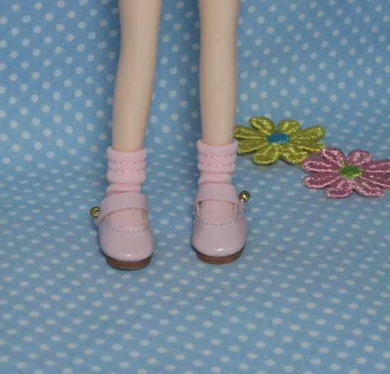 Pink Middie Blythe Shoes