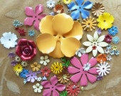 Vintage enamel flower bead,blue,green,pink,yellow, Lot of more than 70