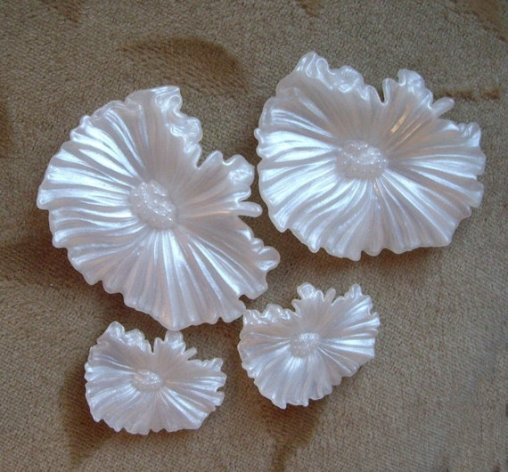 Vintage Lucite Plastic Flower Bead Or Cabachonwhite 48mm And