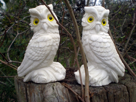 White Alabaster Vintage Owls Collectible Figurines, 1970s, Made in Italy, Yellow Eyes