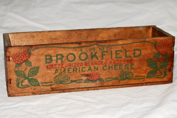 Vintage 50s Brookfield American Cheese Swift & Company primitive wooden box