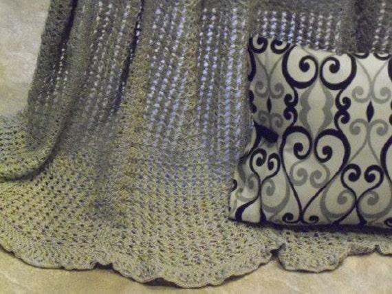 RESERVED--50% Sale--Cottage Throw in Khaki Cotton Thread, Storage Case